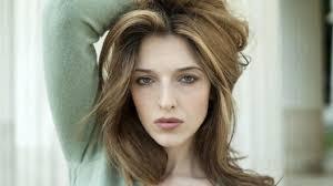 Guenda Goria: chi è l'attrice figlia di Amedeo Goria e Maria ...