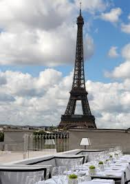 dining with eiffel tower view. maison blanche restaurant is near champs elysee dining with eiffel tower view