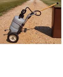 picture of caddy for garden sprayer