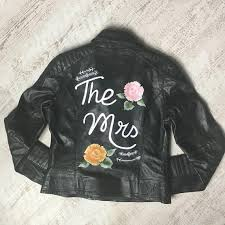 16 custom embroidered wedding jackets to cover up your wedding dress brides