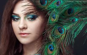 pea eye makeup