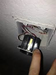 wiring 2 way light switch urgent images in box how to wire a two way light switch a diagram hunker