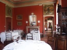 Pareti Bordeaux Immagini : Real castello di verduno