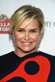 Yolanda Foster Hairstyle yolanda foster struggles with lyme disease on real housewives of 8385 by wearticles.com