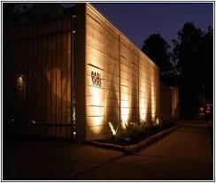 solar modern outdoor fence lighting best dada2b06e8ec2464681ee7e12eef9254 full size