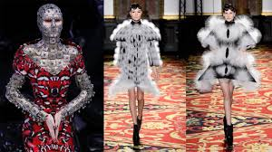Famous Designs By Fashion Designers Famous Fashion Designers Style And Design Approach