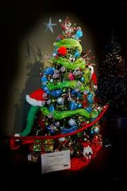 how the grinch stole christmas designed christmas tree it was part of the  orlando festival -