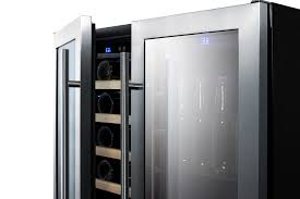 summit 30 wide built in undercounter combination wine and craft beer center with seamless