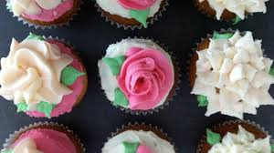 Anns New Easy Buttercream Roses Flower Cupcakes Pt1 How To Cook