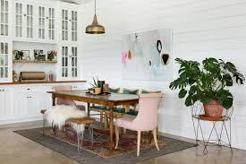 A Foolproof Layering Formula for a Rustic Glam Dining Room