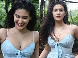 जिसमें आप को दिखेंगे, कुणाल कपूर और अमायरा दस्तूर. Amyra Dastur अम यर दस त र Movie Photos Videos News Age Wiki Love Life Unknown Facts Biography Lokmat News Hindi