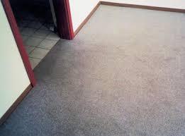 Das gibt fast immer probleme. Verschmutzung Und Verfarbung Bei Bodenbelagen Ursachen Und Schutzmassnahmen Boden Wand Decke