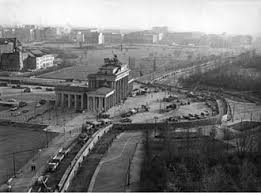 「1994年 - 49年間旧東ドイツに駐留していたロシア」の画像検索結果