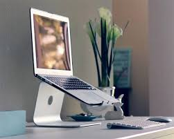20 cool laptop stands for digital nomads and freelancers hongkiat