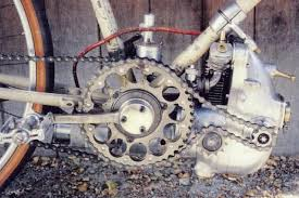 supercharging two stroke engines were put under pressure too when nsu and kreidler went out to set some 50cc speedrecords they used superchargers for power enhancement