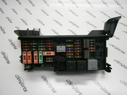 mercedes r350 fuse box diagram image details mercedesbenz r350 fuse box cover mercedes