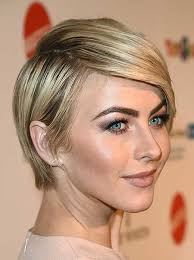 20 short hairstyles for straight hair 3