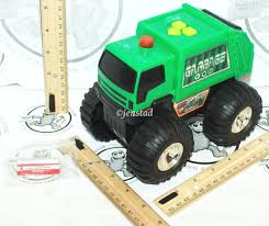 Fast Lane Light And Sound Police Motorcycle Fast Lane City Response Green Garbage Toy Truck Vehicle Sound Light Rolls Used