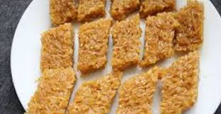Bagi anda penggemar kue wajik gula merah dan penasaran ingin tahu resep membuat kue wajik gula merah tersebut, maka pada kesempatan kali ini kami akan berbagi resepnya kepada anda. Resep Kue Wajik Paling Top