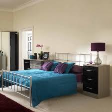 Rustic Oak Bedroom Furniture Sets In A Red Walled Room Rustic - Red gloss bedroom furniture