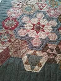 Lilabelle Lane: The Tula Pink  La Passacaglia    quilts ... & Red Shed Quilting Adamdwight.com