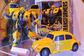 Vintage transformers bumblebee designed in the uk vintage toy. Designing The New Bumblebee Transformer Toy Wasn T Easy Gamespot