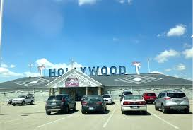 to enlarge hollywood showclub has new owners one of the nation s top conglomerates