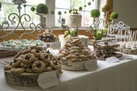 33 Amazing Wedding Dessert Table Ideas Table Decorating Rustic