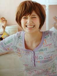 小顔に見えるベリーショートが可愛い芸能人が最近増殖中 Naver まとめ
