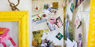Para te ajudar a escolher o melhor tipo de moldura para a sua decór, separamos 60 imagens para te inspirar e colocar em. Diy Mural De Recados Com Moldura E Arame Mania De Decoracao