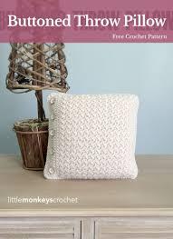 Buttoned Throw Pillow | Free Crochet Pattern from Little Monkeys Crochet  (www.littlemonkeyscrochet.