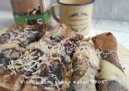 Roti pisang coklat ini tentunya sangat disukai oleh anak anak dan orang tua sekalipun. Bikin Nagih Resep Pisang Coklat Keju Lumer Spesial