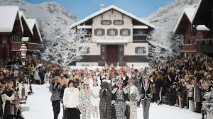 Karl Lagerfeld Chanel Zeigt Letzte Kollektion Vor Den Augen Von
