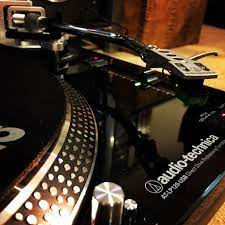 Audio Technica Lp120 Usb Direct Drive Professional Turntable Dj Setup Audio Technica Turntable
