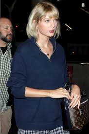 Taylor Swift New Hair Style taylor swifts debuts new shaggy haircut vogue 3971 by stevesalt.us