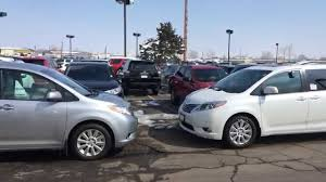 2015 Toyota Sienna XLE AWD vs. 2015 Toyota Sienna Limited AWD ...