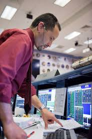 STS-125 Flight Controllers on Console - (Orbit Shift 1). Flight Director: Anthony  Ceccacci - LAUREN HARNETT — Google Arts & Culture