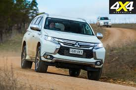 2018 mitsubishi pajero sport review. delighful mitsubishi mitsubishi pajero sport driving dirt roads on 2018 mitsubishi pajero sport review