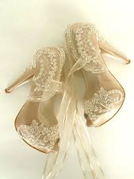 hey, i found this really awesome etsy listing at s www etsy Modern Wedding Flats hey, i found this really awesome etsy listing at s www etsy com listing 261572546 wedding shoes champagne embroidered lace weddings pinterest modern wedding shoes
