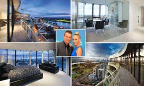 Bec and Lleyton Hewitt sell Melbourne penthouse at a loss | Daily ...