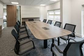 meeting room table and chairs. meeting table with white chairs. get in touch room and chairs c