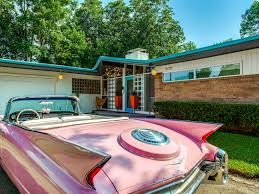 Retro Texas house is a midcentury modern stunner on the Disney ...