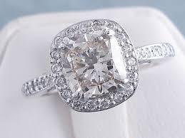 2 07 ctw cushion cut diamond engagement ring i si1