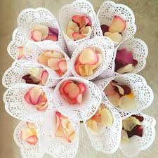 How To Make Paper Cones For Flower Petals 50pcs Wedding Confetti Cones Petal Candy Holder Party Favors Lace