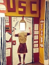 College University Theme .... My kinder to college door! | Classroom  Bulletin Board Ideas | Pinterest | Ovet,Ideoita ja Colleget