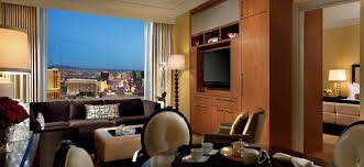Las Vegas Hotels Suites 3 Bedroom Charming 2 Bedroom Hotel Suites In Chicago 4 Trump International
