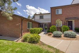 Sold: 6472 E Wesley Avenue, Denver, CO 80222, Wesley Lane Townhomes | 3  Beds / 1 Full Bath / 1 3/4 Bath / 1 Half Bath | $370000 - SOLD LISTING, MLS  # 2857882