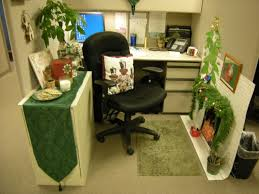 office cubicle decoration themes. Chic Small Home Office Cubicle Decoration Christmas Green Theme Used Leather Black Chair Design Combined With Themes I