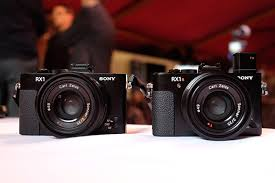 sony rx1. the sony cyber-shot rx1r ii (right) looks very similar in terms of its design to original rx1 (left) rx1