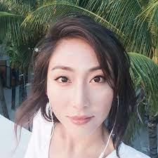 李四月April Li - YouTube
